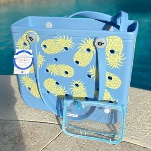AUTHENTIC Pineapple Baby Bogg Bag NWT